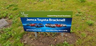 Bracknell roundabout advertising